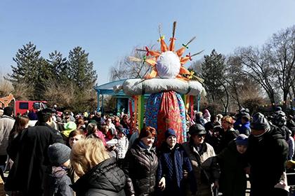 Народные гуляния в Алма-Ате