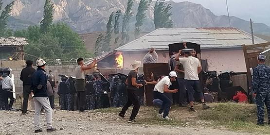 Вопрос границ: ЕАЭС поможет снять противоречия Киргизии и Узбекистана