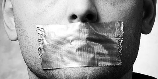 Журналистам Таджикистана заткнули рты штрафами. Душанбе откладывает транзит власти