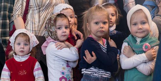 Церковь намерена вытащить Россию из демографической ямы